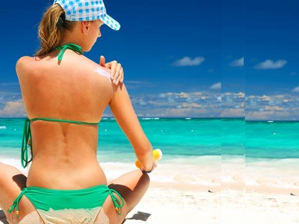 Tắm nắng trên bãi biển