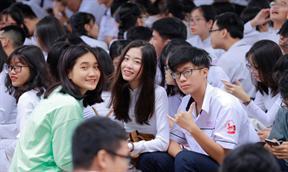 Trường THPTGia Định ngày khai giảng