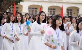 Nữ sinh THPT Việt Đức Hà Nội